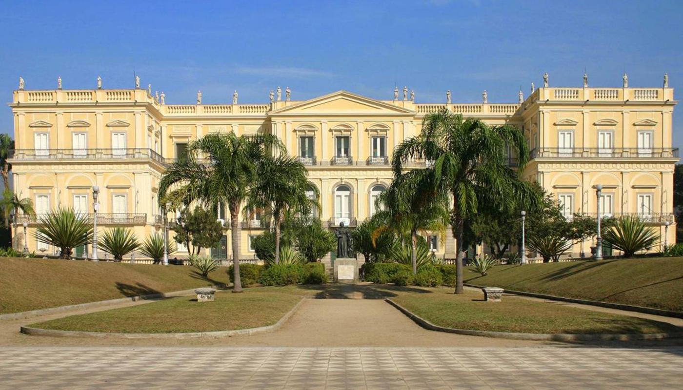 Пожар в Национальном музее Бразилии: культурная катастрофа, которую можно было предотвратить